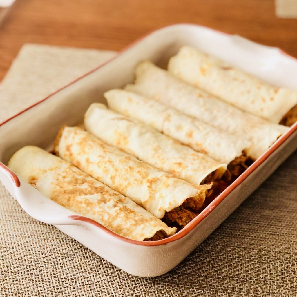 Rolled low carb tortillas