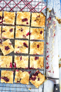 Cranberry Cheesecake Bars-3