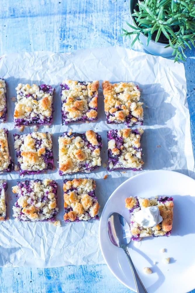 Keto Blueberry Crumble Bars