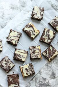 Keto Cheesecake Swirl Brownies